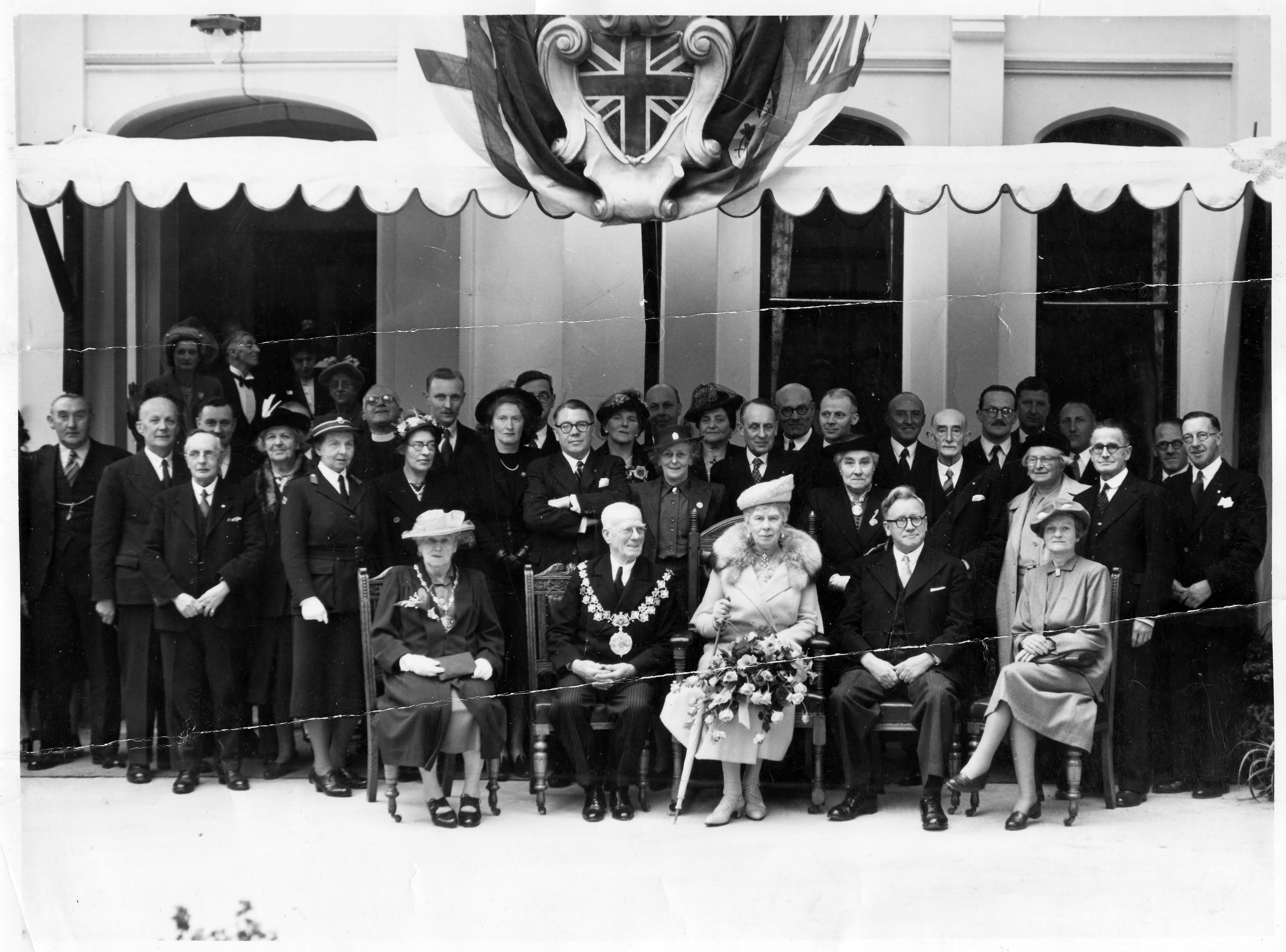 Queen Mary visits the Derby and Joan Club 1949
